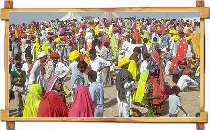Crowd-pushkar-fair